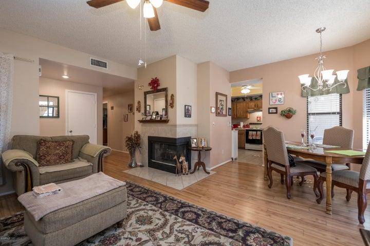 6550 N 47TH Avenue, 101, Glendale, AZ 85301