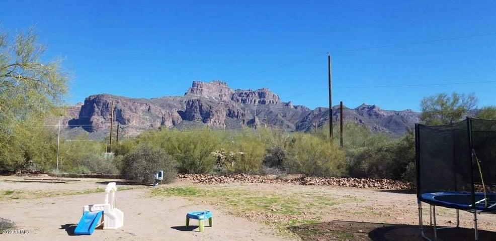 565 S CAMINO SERENO, Apache Junction, AZ 85119
