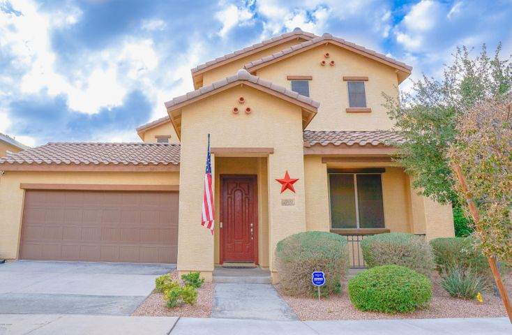 2102 S MOCCASIN Trail, Gilbert, AZ 85295