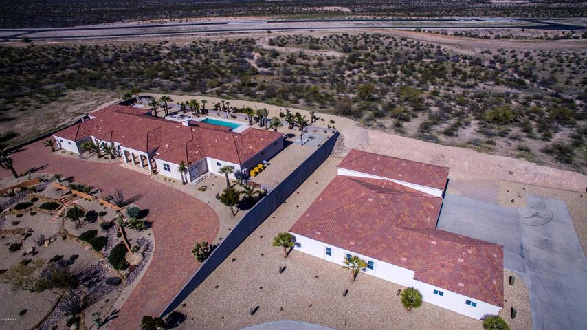2590 W PERCHERON Road, Wickenburg, AZ 85390