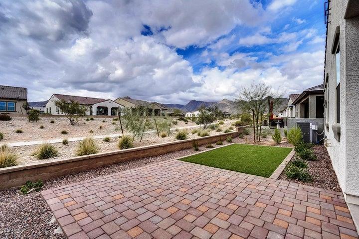 4910 N 206 Lane, Buckeye, AZ 85396