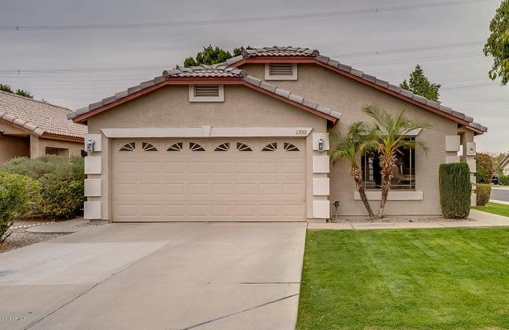 1332 W VAUGHN Avenue, Gilbert, AZ 85233