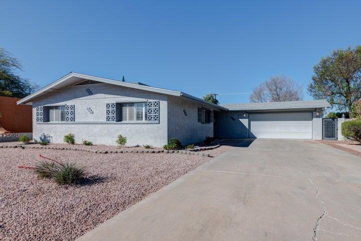 8408 E REDWING Road, Scottsdale, AZ 85250