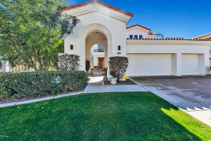 Location, location ,location . . . excellent curb appeal in a guard gated community, close to shopping, restaurants and freeways.