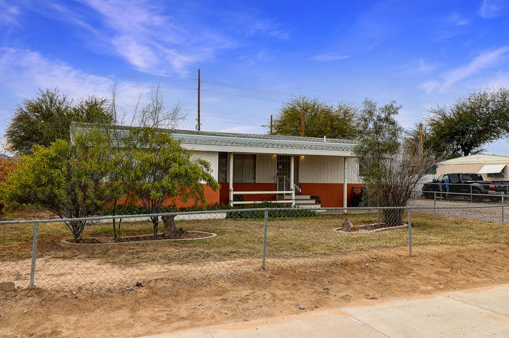4117 W HUNTINGTON Drive, Phoenix, AZ 85041