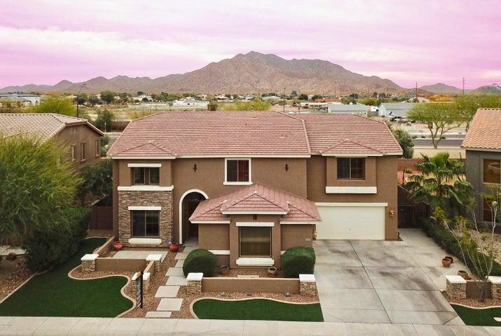 3647 E RAVENSWOOD Drive, Gilbert, AZ 85298