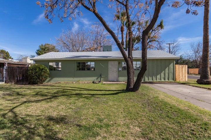 2201 N 29TH Place, Phoenix, AZ 85008