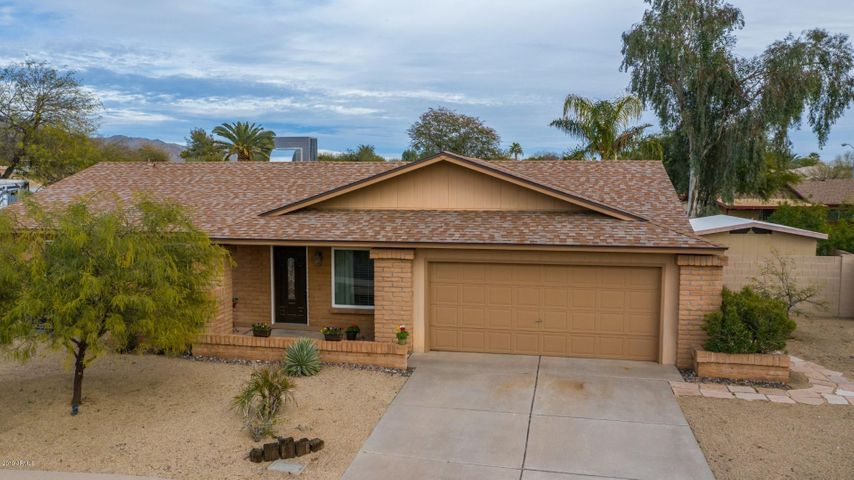 9418 E ALTADENA Avenue, Scottsdale, AZ 85260