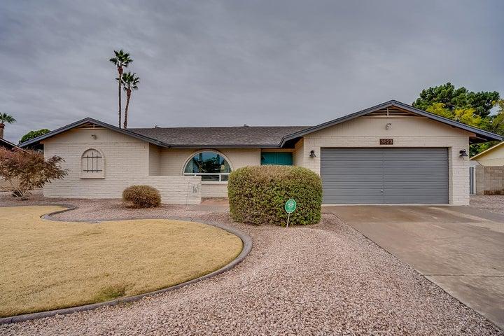 3823 W GRANDVIEW Road, Phoenix, AZ 85053