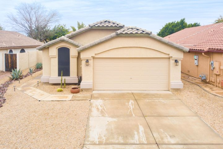17111 N MELISSA Lane, Surprise, AZ 85374