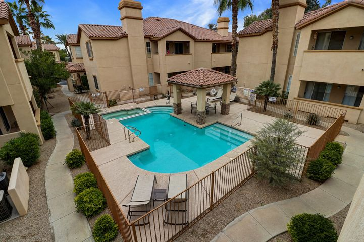 Excellent location in the community with a direct view of pool from the balcony!