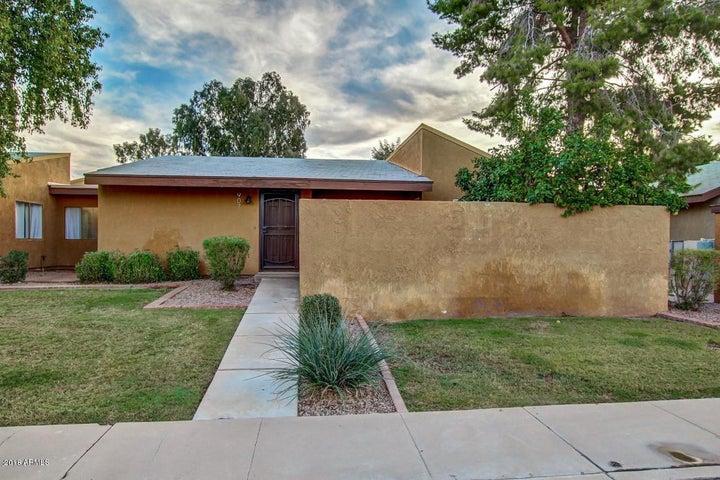 907 S HACIENDA Drive, Tempe, AZ 85281