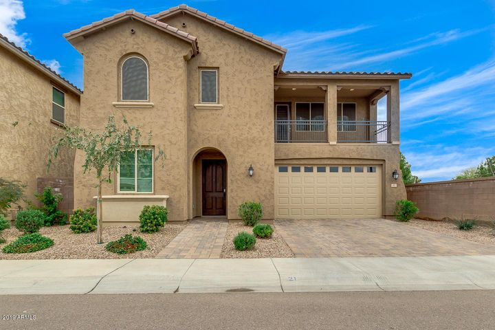 97 E CANYON Way, Chandler, AZ 85249