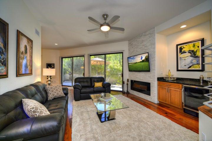 8989 N GAINEY CENTER Drive, 147, Scottsdale, AZ 85258