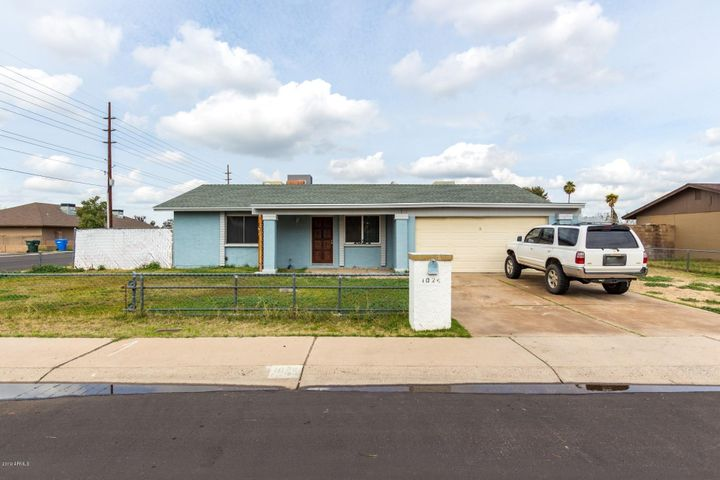 1024 W CHARLESTON Avenue, Phoenix, AZ 85023
