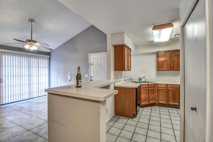 533 W GUADALUPE Road, 2103, Mesa, AZ 85210