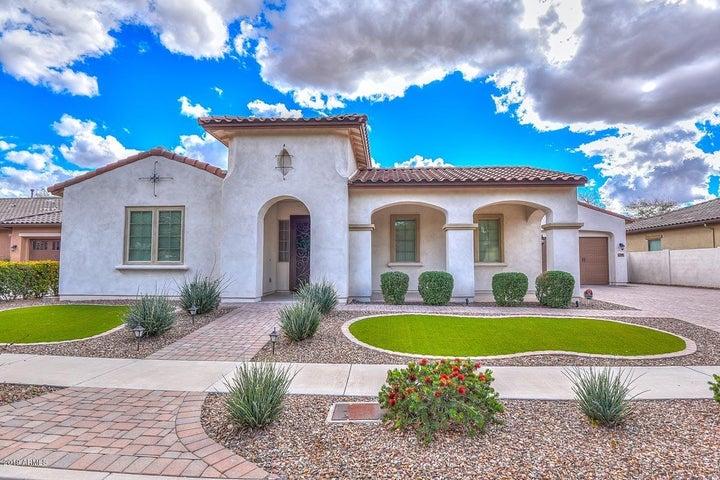 7565 W TRAILS Drive, Glendale, AZ 85308