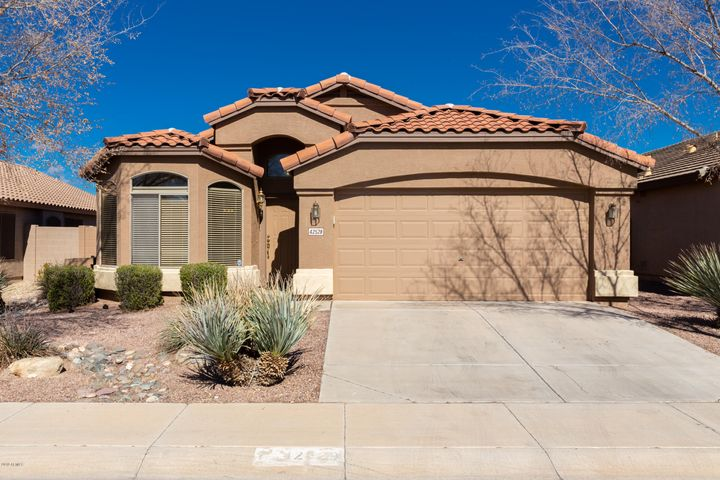 42528 W DESERT FAIRWAYS Drive, Maricopa, AZ 85138
