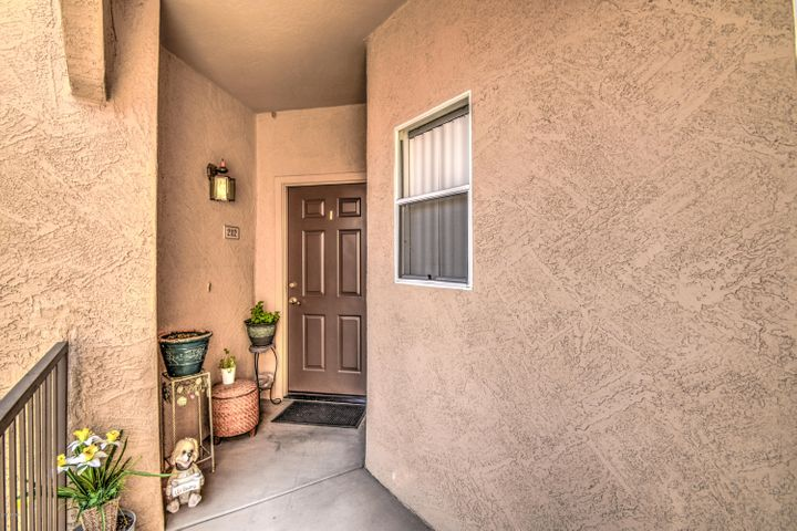 10410 N CAVE CREEK Road, 2112, Phoenix, AZ 85020
