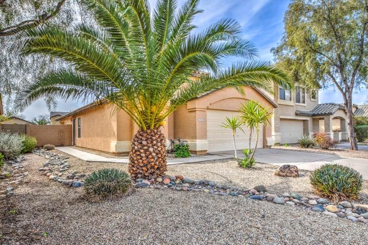 939 E LOVEGRASS Drive, San Tan Valley, AZ 85143