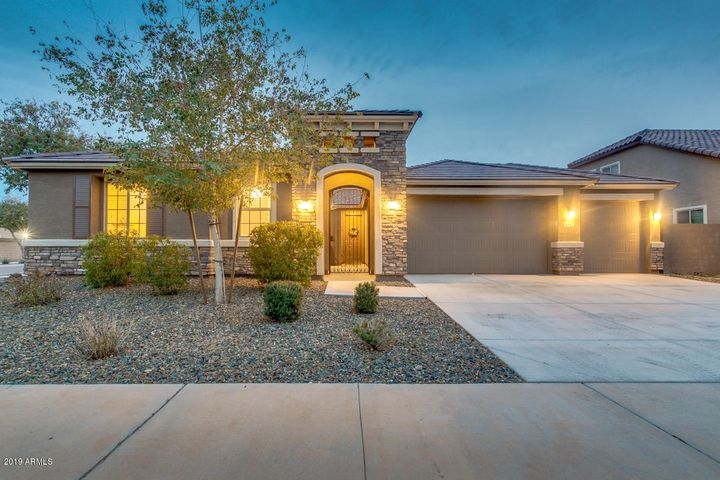 5611 W BETH Drive, Laveen, AZ 85339