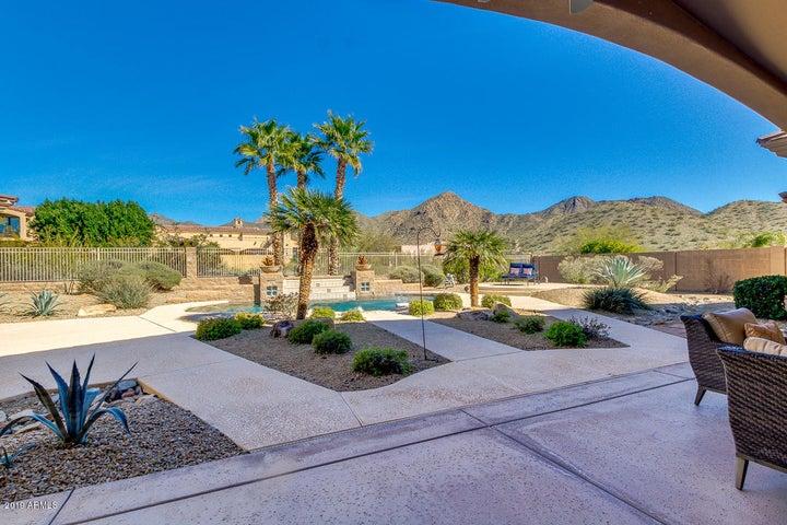12850 E SUMMIT Drive, Scottsdale, AZ 85259