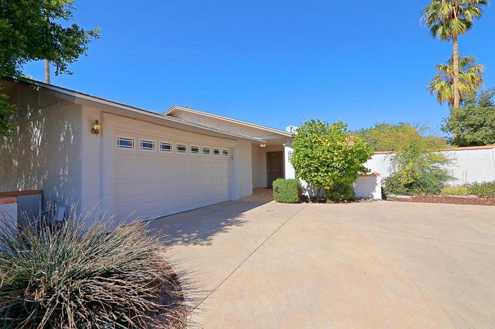 8636 E GARFIELD Street, Scottsdale, AZ 85257