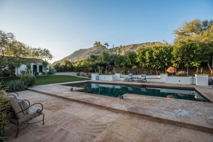 5936 E Joshua Tree Lane, Paradise Valley, AZ 85253