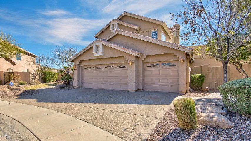 15031 S FOXTAIL Lane, Phoenix, AZ 85048