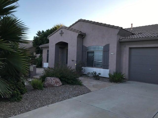 2174 S STUART Avenue, Gilbert, AZ 85295