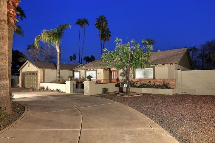 8123 N 7TH Avenue, Phoenix, AZ 85021