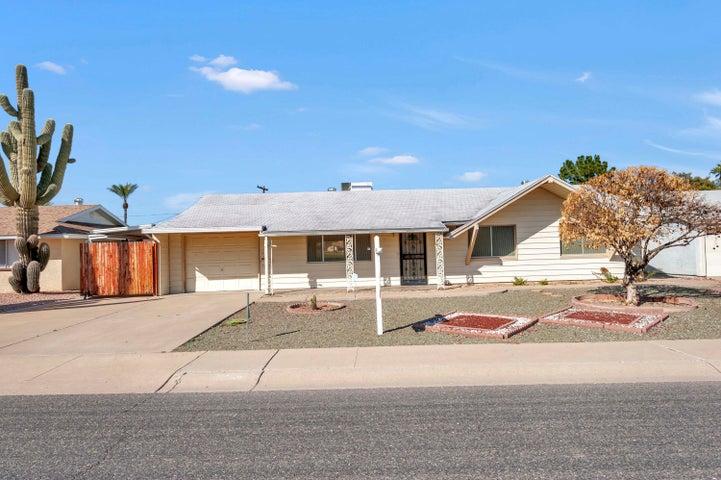 10726 W CROSBY Drive, Sun City, AZ 85351