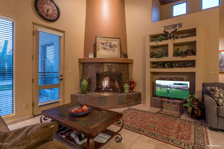 Gas Fireplace, Architectural Details & Clerestory Windows
