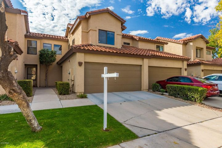 1151 W Edgewater Drive, Gilbert, AZ 85233