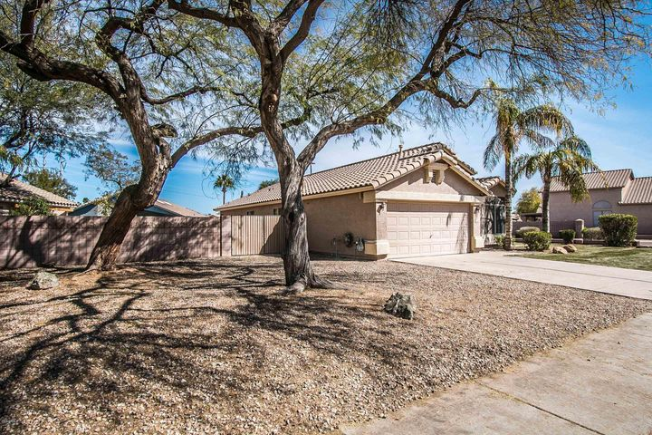 3806 E LEXINGTON Avenue, Gilbert, AZ 85234