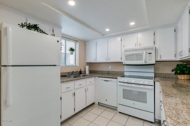 886 W GALVESTON Street, 119, Chandler, AZ 85225