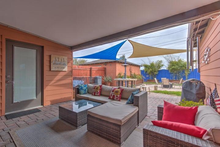 1635 W EARLL Drive, Phoenix, AZ 85015
