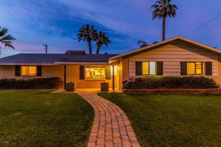 8326 E MEADOWBROOK Avenue, Scottsdale, AZ 85251