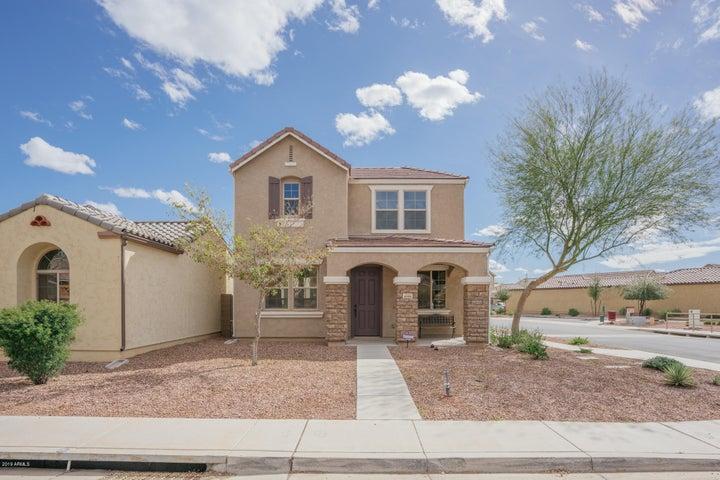 8999 W NORTHVIEW Avenue, Glendale, AZ 85305