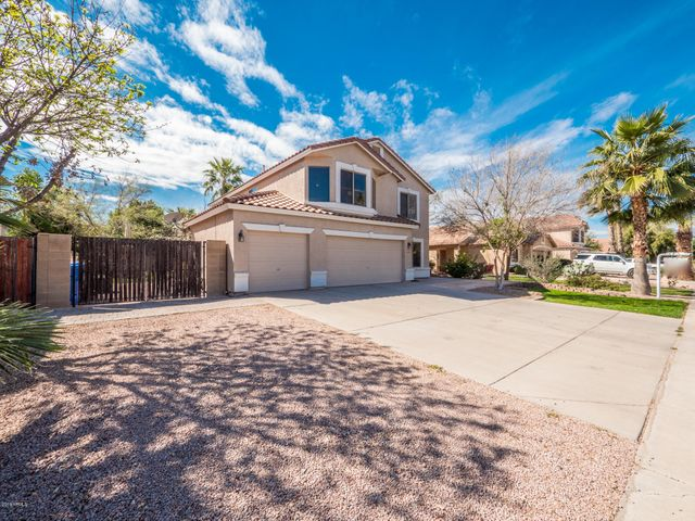 1401 E SHEFFIELD Avenue, Gilbert, AZ 85296