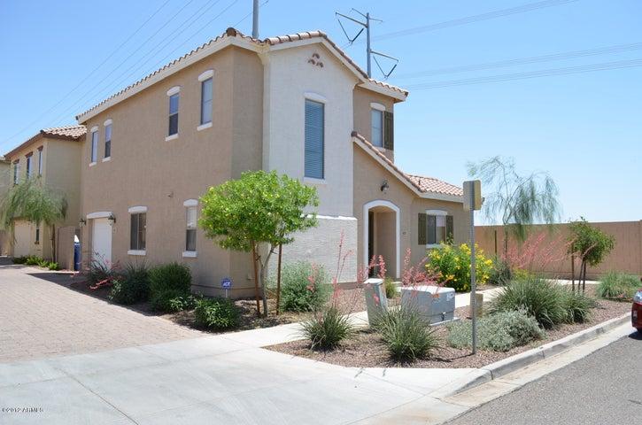405 N Ranger Court, Gilbert, AZ 85234