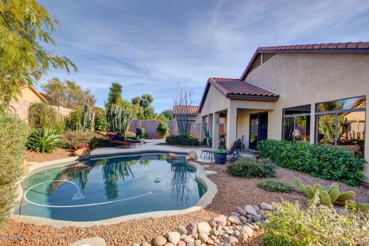 4210 E KIRKLAND Road, Phoenix, AZ 85050