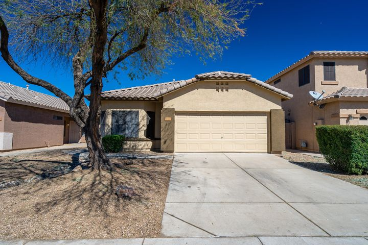 8722 W CHERRY HILLS Drive, Peoria, AZ 85345