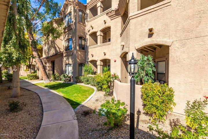 15095 N THOMPSON PEAK Parkway, 2044, Scottsdale, AZ 85260