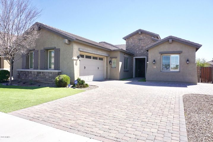 541 W YELLOWSTONE Way, Chandler, AZ 85248