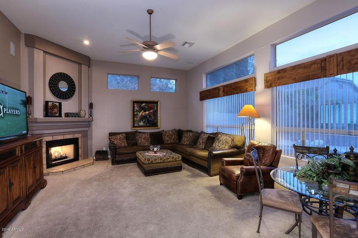 5122 E BLUEFIELD Avenue, Scottsdale, AZ 85254