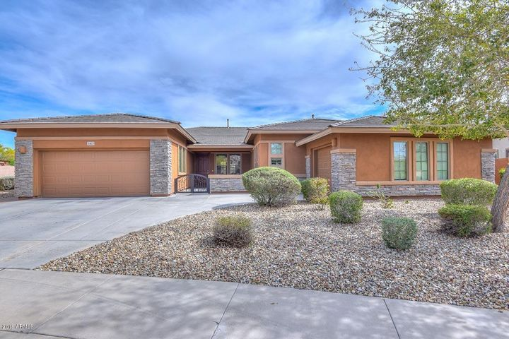5803 W STRAIGHT ARROW Lane, Phoenix, AZ 85083
