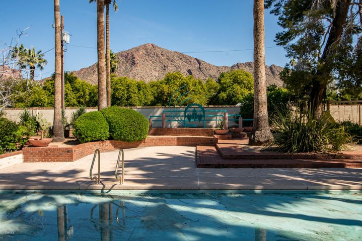 Picture Perfect Views of Camelback Mountain
