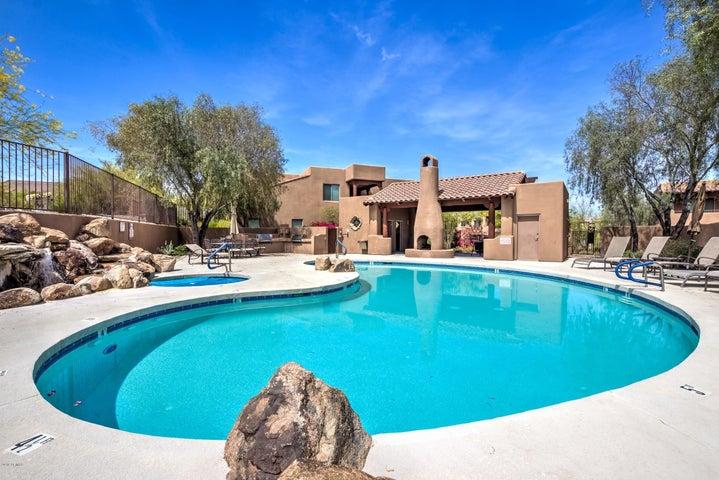 13600 N FOUNTAIN HILLS Boulevard, 102, Fountain Hills, AZ 85268