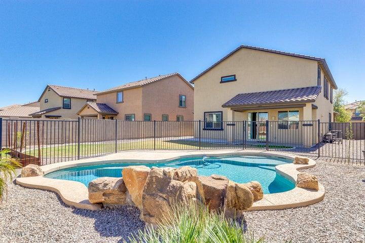 866 E EUCLID Avenue, Gilbert, AZ 85297